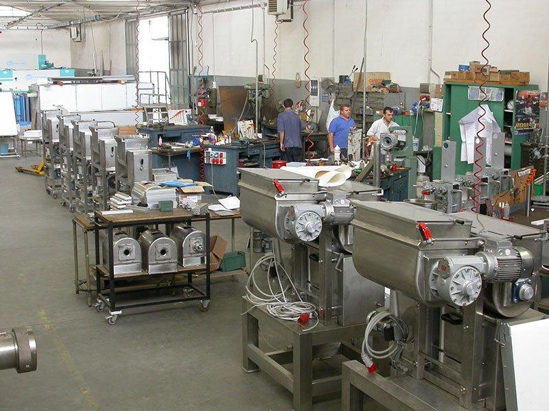 Empresa m quinas pastas frescas for Fabrica de placares en montevideo